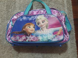 bolsa viaje o deporte frozen más bolsa mochila y