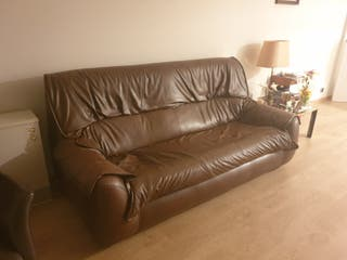 Sofá piel marrón