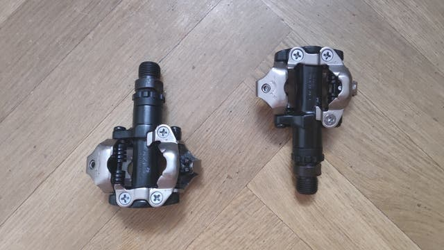 Pedales automáticos M-520 Shimano
