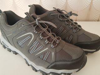 Zapatillas de montaña 44