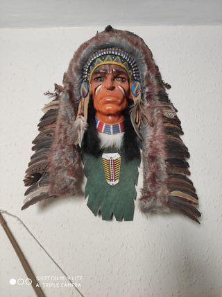 Mascara indio,dos arcos y flechas