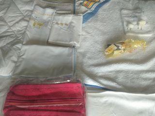 toallas y mantas.juego sábanas Moisés.
