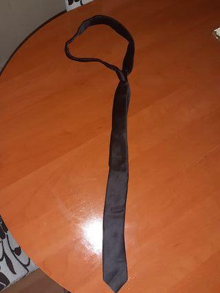 corbata pequeña