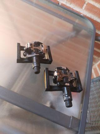 pedales automáticos Shimano con plataformas