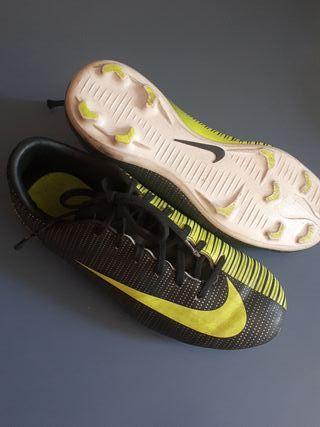 Zapatillas Nike CR7 num 33.5