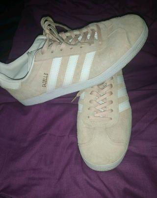 Zapatillas Adidas Gazelle rosas