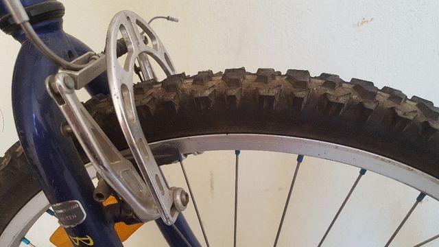 Bicicleta de montaña - mountainbike