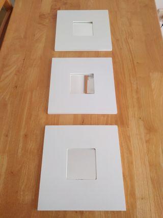 3 espejos blancos