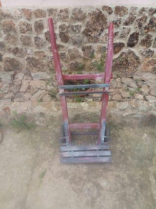 Antiguo carretillo