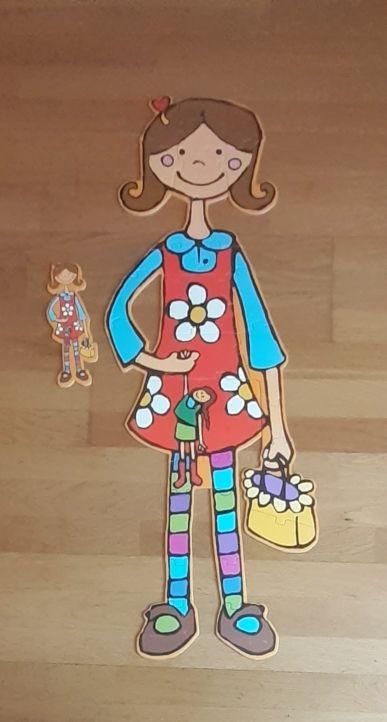 puzle fácil de una chica con diferentes accesorios