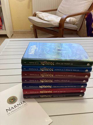 Coleccion de los libros de Narnia.
