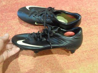 zapatillas botas futbol NIKE mercurial talla 40