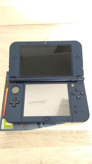 Consola Nintendo NEW 3DS XL impecable, como nueva.