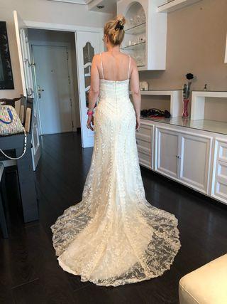 Vestido novia Pronovias con cola