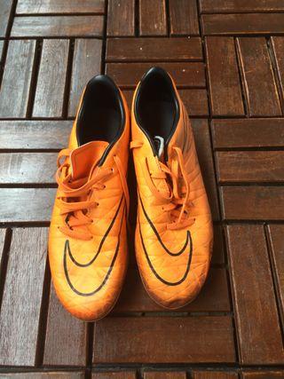 Botas de Fútbol Nike Hypervenom Talla 39