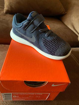 Zapatillas / playeras Nike niño N 25