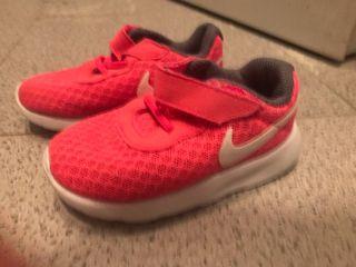 Zapatillas verano Nike niña
