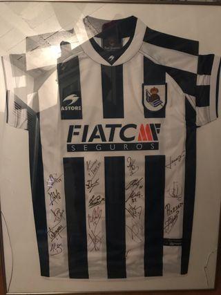 Camiseta Real Sociedad 2004 firmada