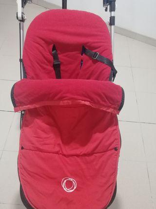 Saco rojo de invierno marca Bugaboo