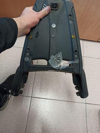 soporta maleta Yamaha fz6