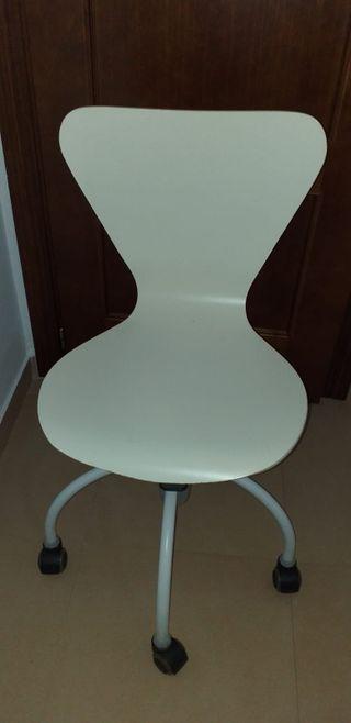 Silla escritorio blanca