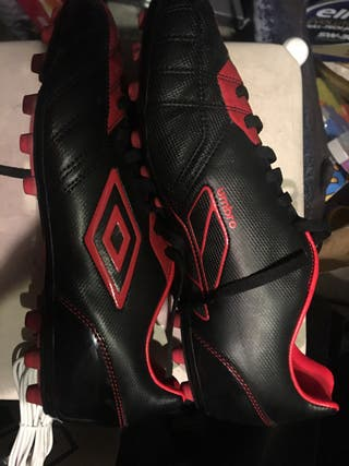 Zapatillas botas fútbol tacos de goma talla 44