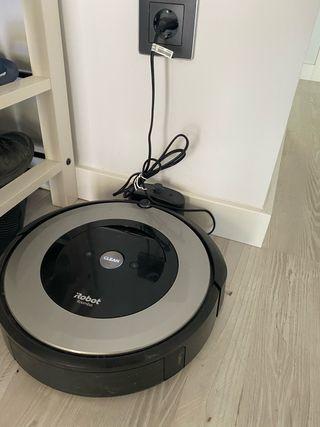 Roomba e5 y 3 paredes virtuales