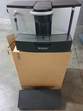 Cafetera Nespresso es100 Profesional