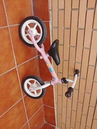Bicicleta de niña de 2/3 años