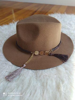 sombrero marron