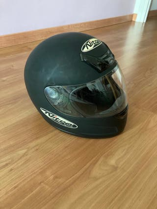 Casco nitro racing