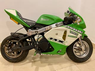 Mini moto con carenado poco uso 3,5 cv