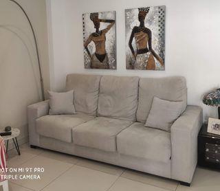 Sofá color gris
