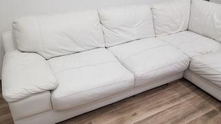 sofá blanco de piel 2.90