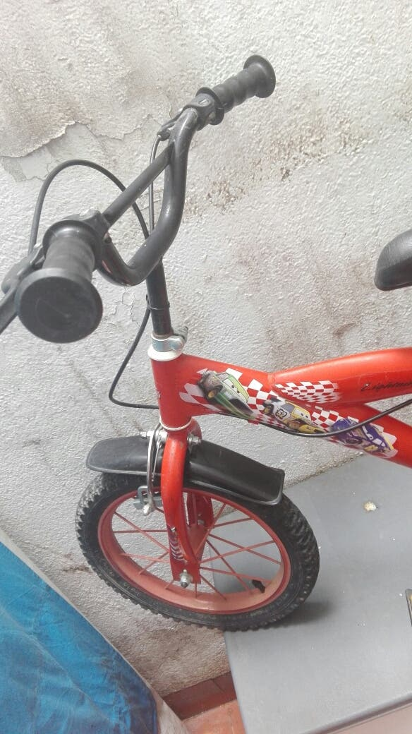 """BICI DISNEY CARS 14"""" DE 4 A 7 AÑOS"""