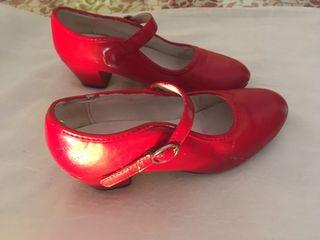 Zapatos gitana niña talla 33