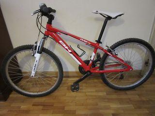 Bicicleta BH over-x junior 21v. En rojo/blanco