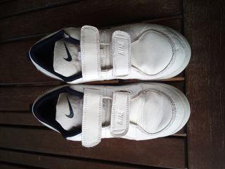 Zapatillas niño Nike Talla 34