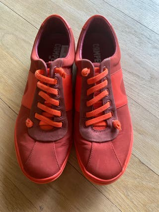 Zapatos hombre Camper rojos