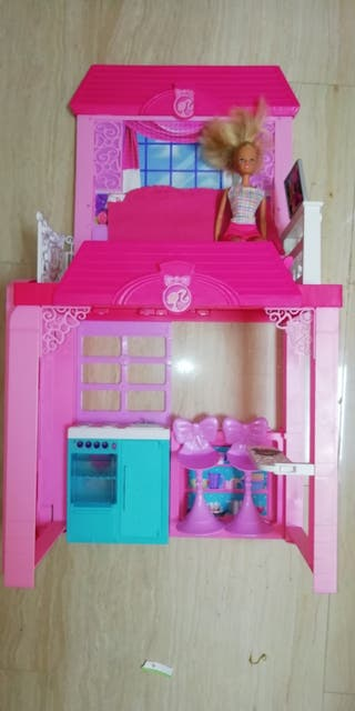 Casita Barbie +1 muñeca