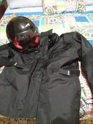 Chaqueta moto +casco
