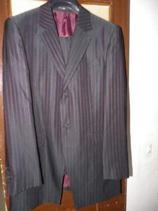 traje chaqueta marca CARAMELO talla 52--1 solo uso