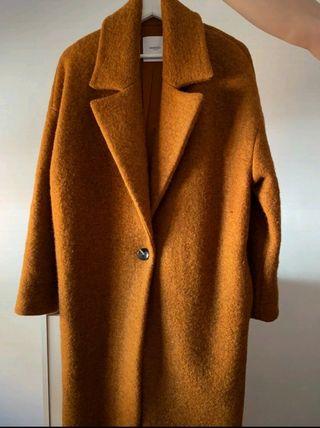 abrigo Mango S