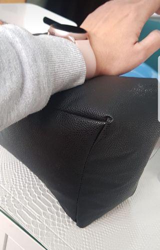 Cojín manicura negro