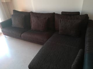 sofá color chocolate