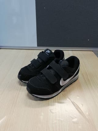 Zapatillas Nike niño talla 29,5