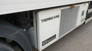 Caja frigorifica reforzada con equipo de frio