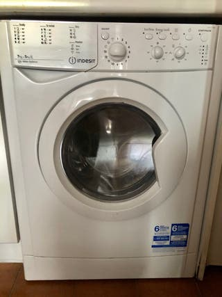 Lavadora secadora Indesit ( Madrid)