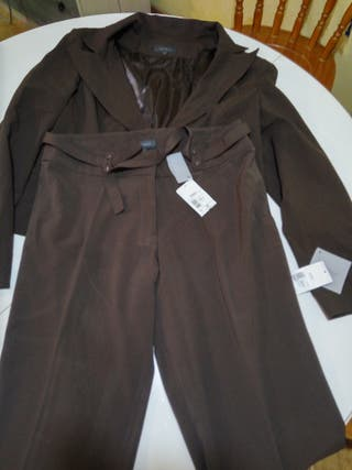 Traje chaqueta y pantalón 44-46 Kiabi NUEVO
