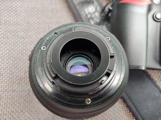 Nikon D80 + Objetivo Nikon 18-55 + extras